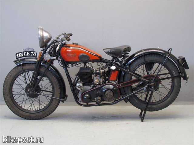 Старинный мотоцикл Soyer 07C 1930